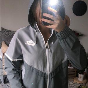 Nike Windbreaker zip up with hood